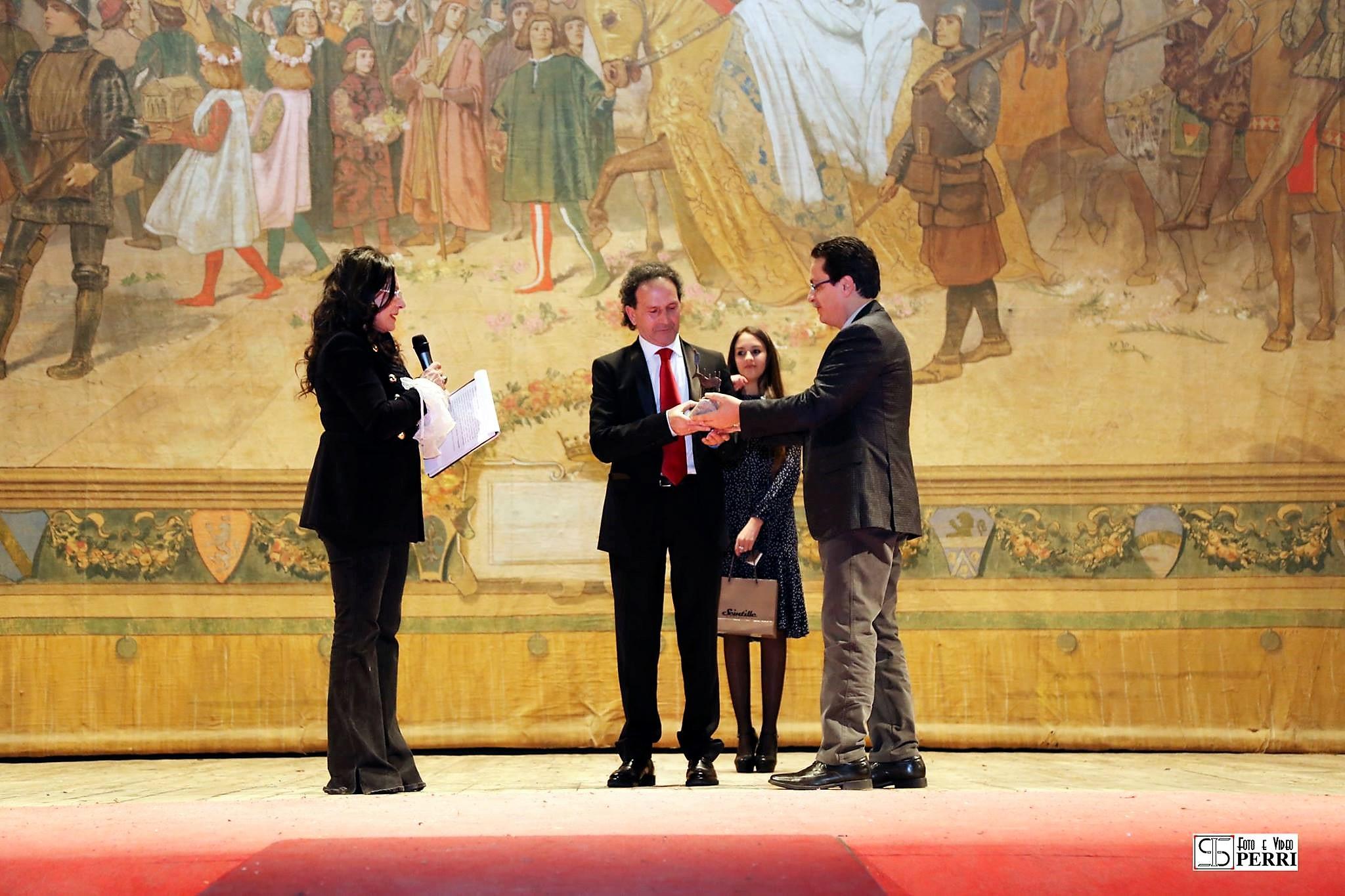 Sofia Vetere, Pasquale Menchise, Lorenzo Parisi_consegna Premio Alarico